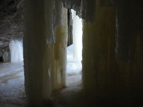 Eben Ice Caves and Canyon Falls & Gorge: Inside Cave