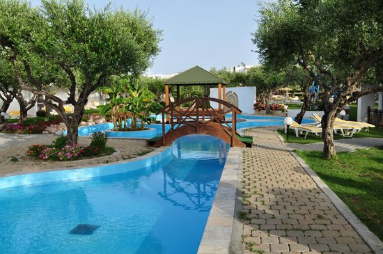 Alex Beach Hotel : Pool