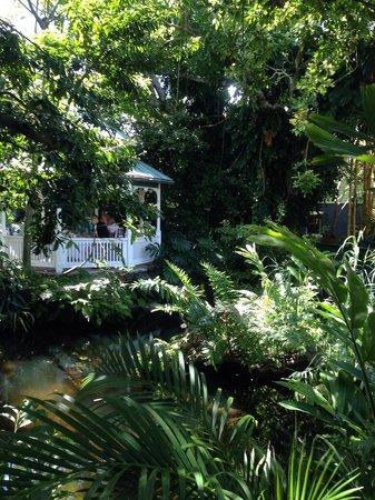 Sundy House : Private gazebo