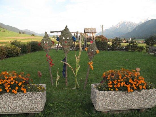 Stifterhof: herbstliche Hofgestaltung