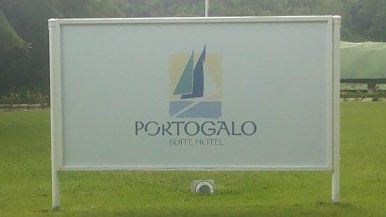 Portogalo Suite Hotel : Estacionamento