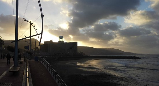 Playa de Las Canteras: Paseo y Auditorio