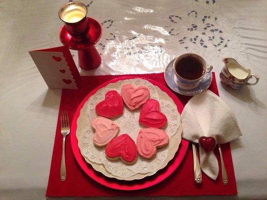 Garden Gate Bed and Breakfast: Valentine cookies