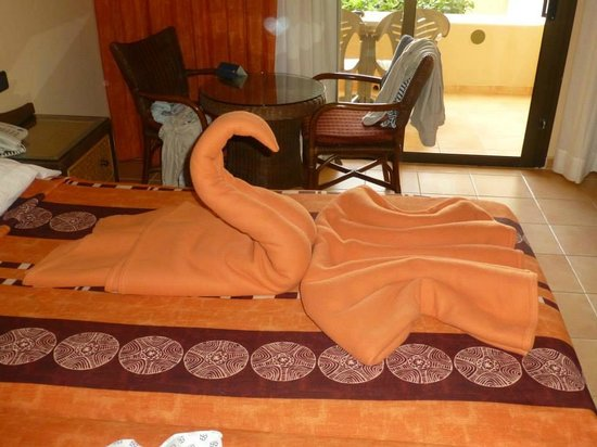 Hotel Riu Touareg : The chambermaids creativity