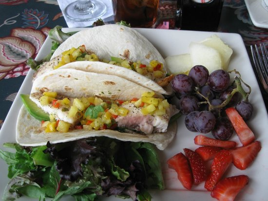 Mission Grille: Fish Tacos