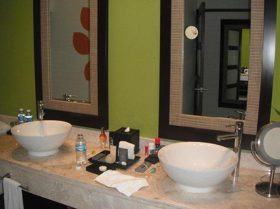 Sensimar Seaside Suites & Spa: Premiun suite bathroom
