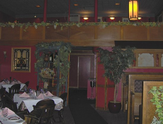 Mission Grille : interior view