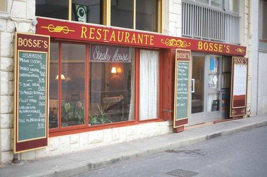 Bosses Bar