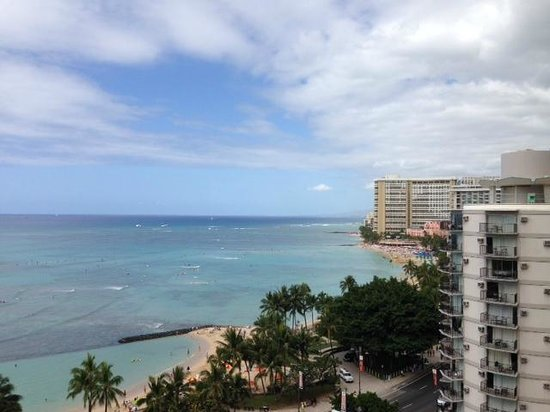 Pacific Beach Hotel : View of Waikiki Beach from my room