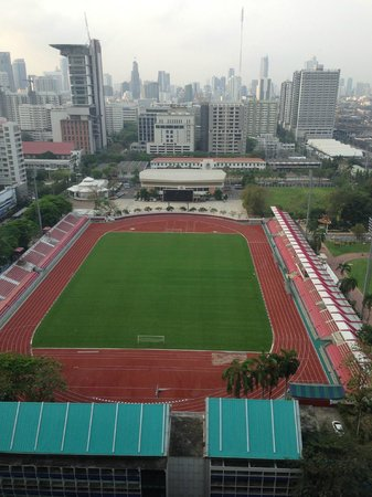 Holiday Inn Express Bangkok Siam: View from the room of National Stadium