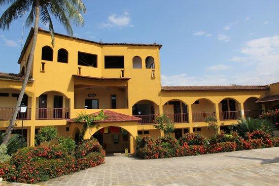 Hotel El Castillo: Pool area