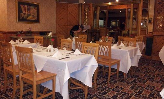 Swallow Falls Hotel: nice restaurant