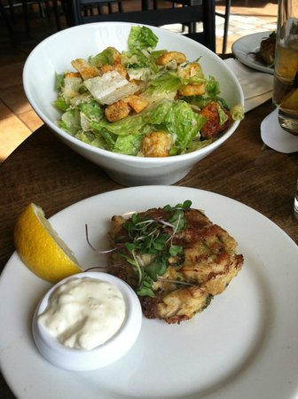 Yellowfin: Very cheesy caesar salad and too many croutons, crab cake appetizer