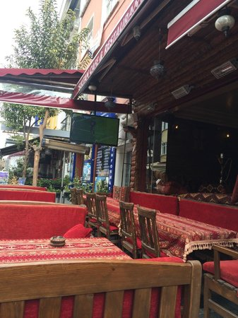 Sultan Hostel: terrace