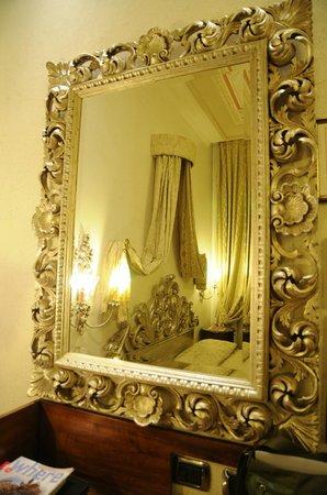 Hotel Aventino: Habitacion señorial