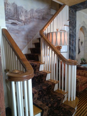 The Historic Homestead: The beautiful staircase.