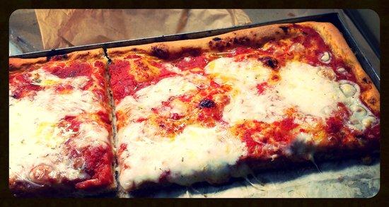 La Toscana: Pizza