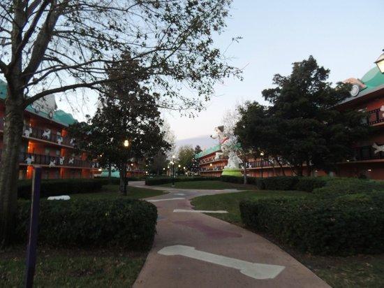 Disney's All-Star Movies Resort: Camino a la habitación