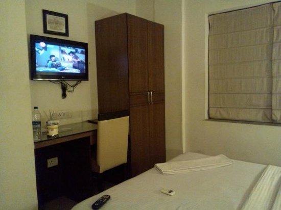 Afridi International Guest House : テレビ
