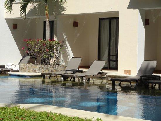 Hyatt Ziva Los Cabos: swim up rooms