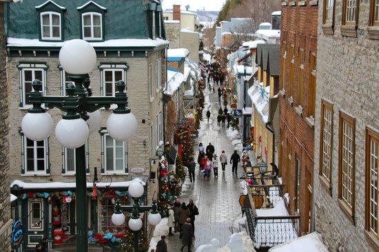 Old Quebec: Rue Petit Champlain