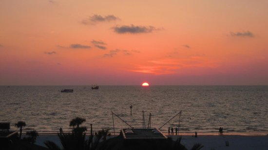Beachview Hotel: Por do sol da varanda