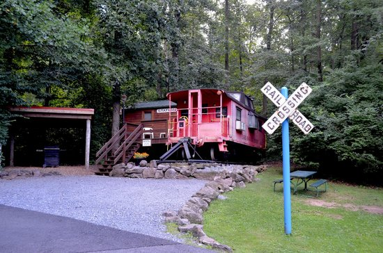Lake in Wood Resort: The Caboose (Rental)