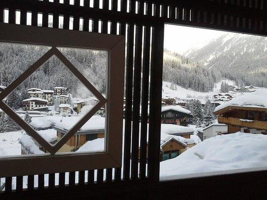 Cerana Relax Hotel: veduta dal balcone della 210 su Madonna di Campiglio