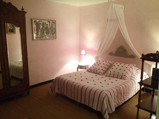 Le Mas des Vignes : La chambre romantique
