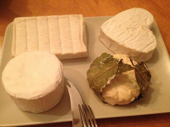 Le Mas des Vignes : Plateau de fromages