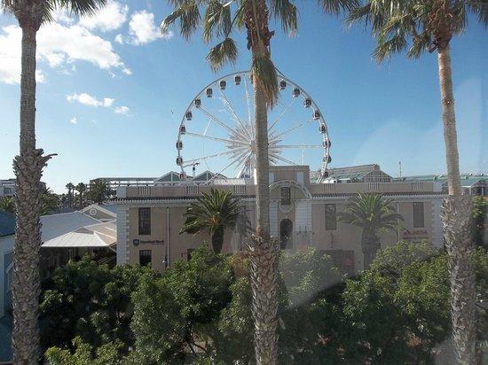 Victoria & Alfred Hotel : Fun ferris wheel