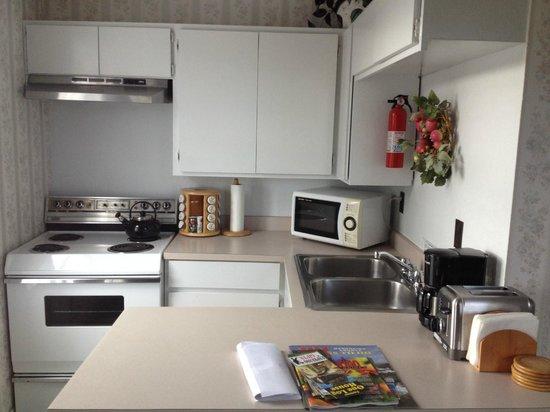 Nicholson House Inn : Kitchen area