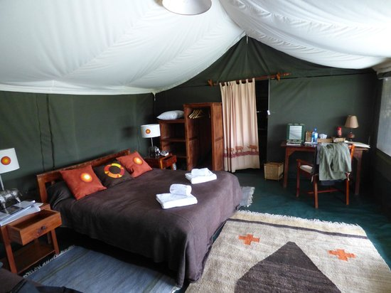 Porini Rhino Camp : Very comfortable bedroom, even if it is a tent!
