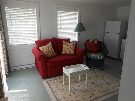 Cranberry Hill Inn : Garden Terrace Suite