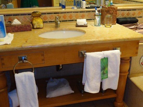 Grand Fiesta Americana Los Cabos All Inclusive Golf & Spa : Detalhe do banheiro