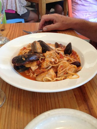 Olympia Cafe and Deli: Wonderful Linguine de Mare