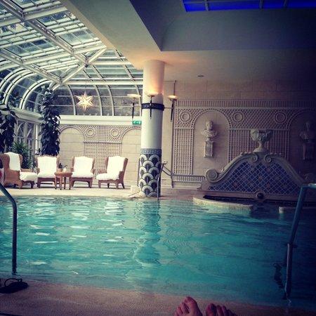 Rome Cavalieri, Waldorf Astoria Hotels & Resorts: La piscine intérieure