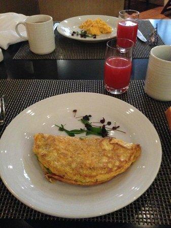 Hilton Bogota: Café da manhã - La Ventana