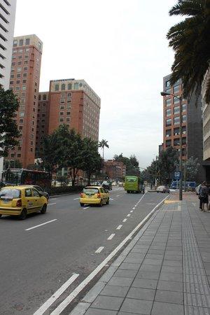 Hilton Bogota: Carrera 7, em frente ao hotel