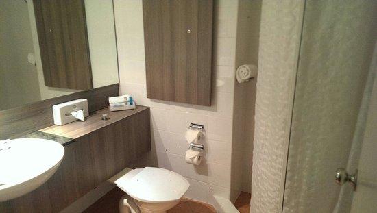 Novotel Darwin Atrium : Bathroom room 125