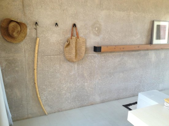 Amangiri: Amenities in Mesa View Room