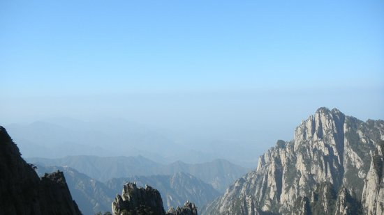 Mt. Huangshan (Yellow Mountain) : nuages