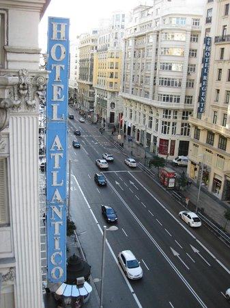 Hotel Atlantico: Hotel sign