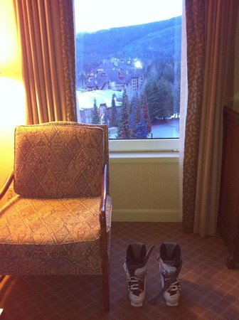 Fairmont Chateau Whistler Resort : Vista do quarto