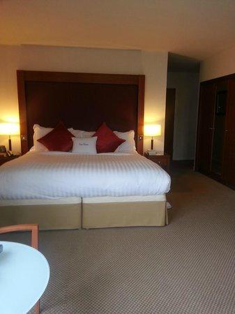DoubleTree by Hilton Aberdeen City Centre: Platinum Junior Suite