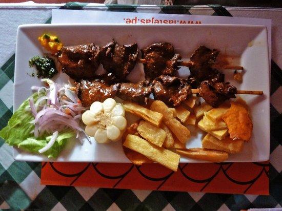 Restaurante Las Tejas: Anticuchos a Las Tejas