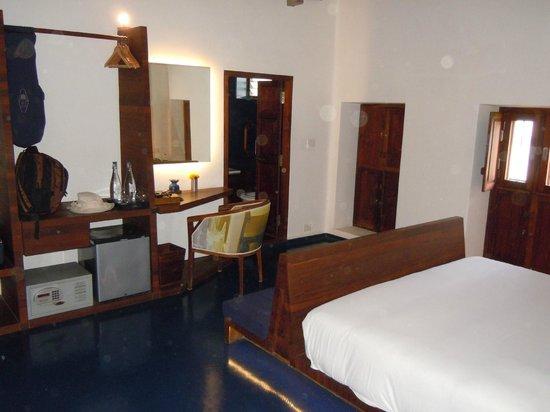 Tanjore Hi Hotel: Deluxe Room (Double)
