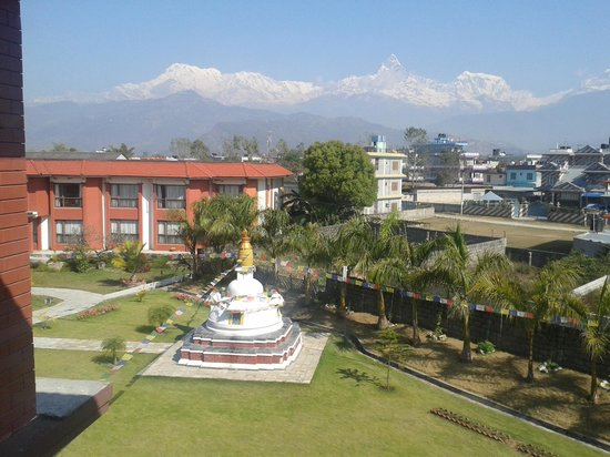 Hotel Pokhara Grande: view from hotel room