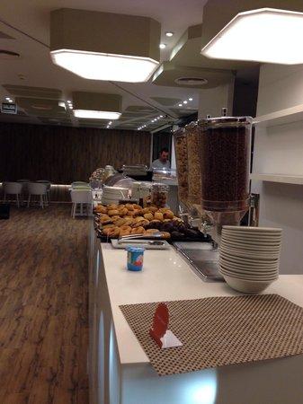 Room Mate Pau: Café da manhã