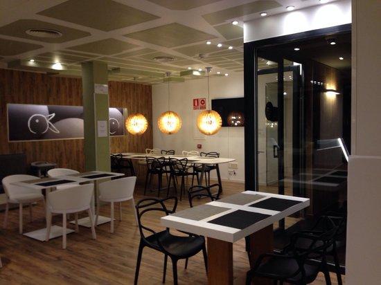 Room Mate Pau: Salão do café da manhã